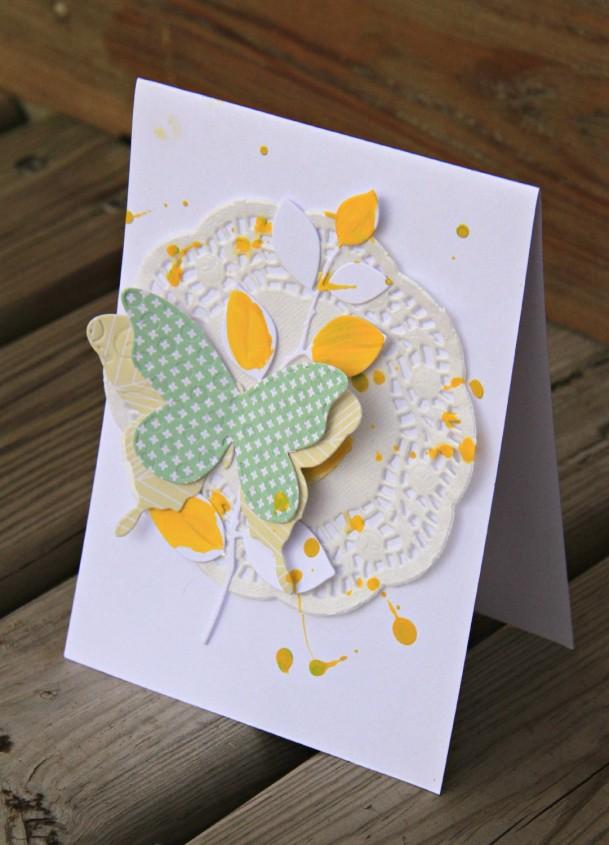 cat123 pour com.16 - carte papillons et branches - jaune et vert - collection bertille et Lou - .JPG