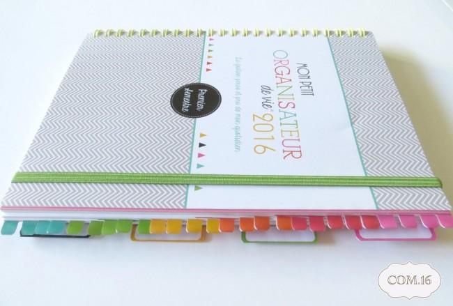 Organisateur-de-Vie-Com.16-agenda-organiseur-familial-professionnel-2016-pose-onglets3