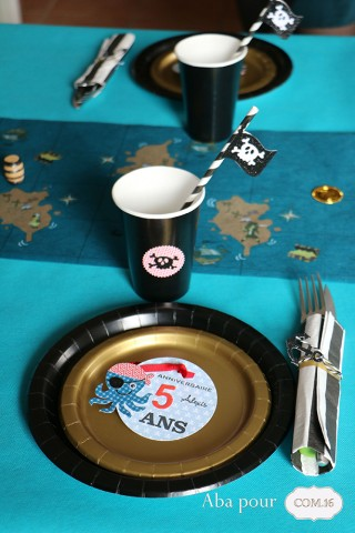 aba_com16_lucas_ethan_pirate_deco_table